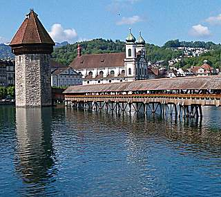 Virtual Sightseeing Tour to Downtown Lucerne Switzerland
